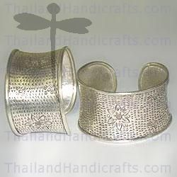 HILL TRIBE SILVER HAMMERED & FLOWER PRINTED