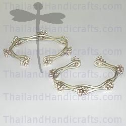 HILL TRIBE SILVER FLOWER BANGLE