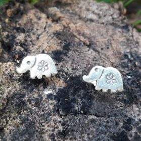 HILL TRIBE SILVER FLOWER PRINTED ELEPHANT STUD EARRINGS